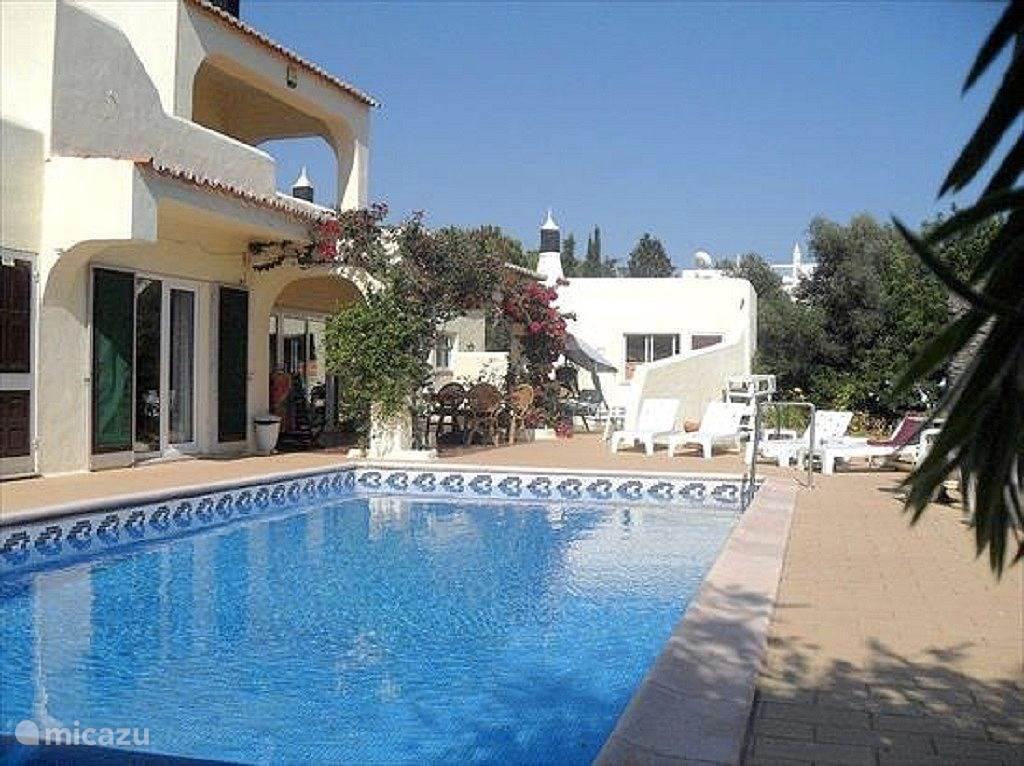 Vakantiehuis Portugal, Algarve, Carvoeiro Villa Casa Suska  Uitzicht op zee