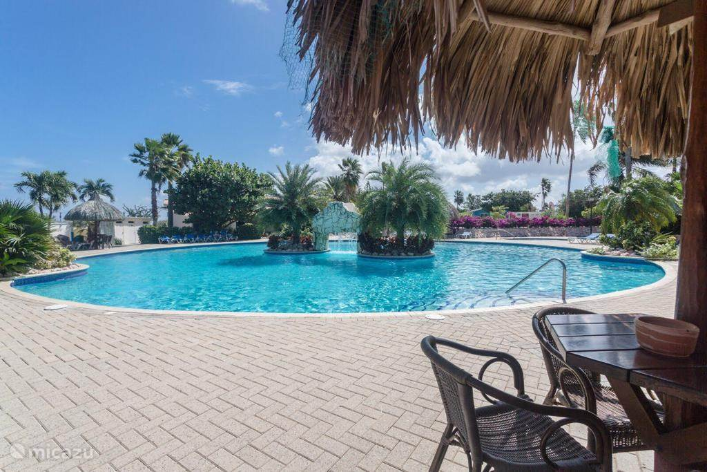 Vacation rental Curaçao, Curacao-Middle, Koraal Partier Studio Trupial studio