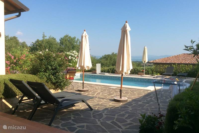 Vakantiehuis Italië, Umbrië, Tuoro sul Trasimeno Geschakelde woning Casa Trasimeno