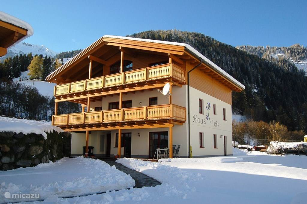 Vacation rental Austria, Salzburgerland, Rauris apartment Haus Iris apartment 1