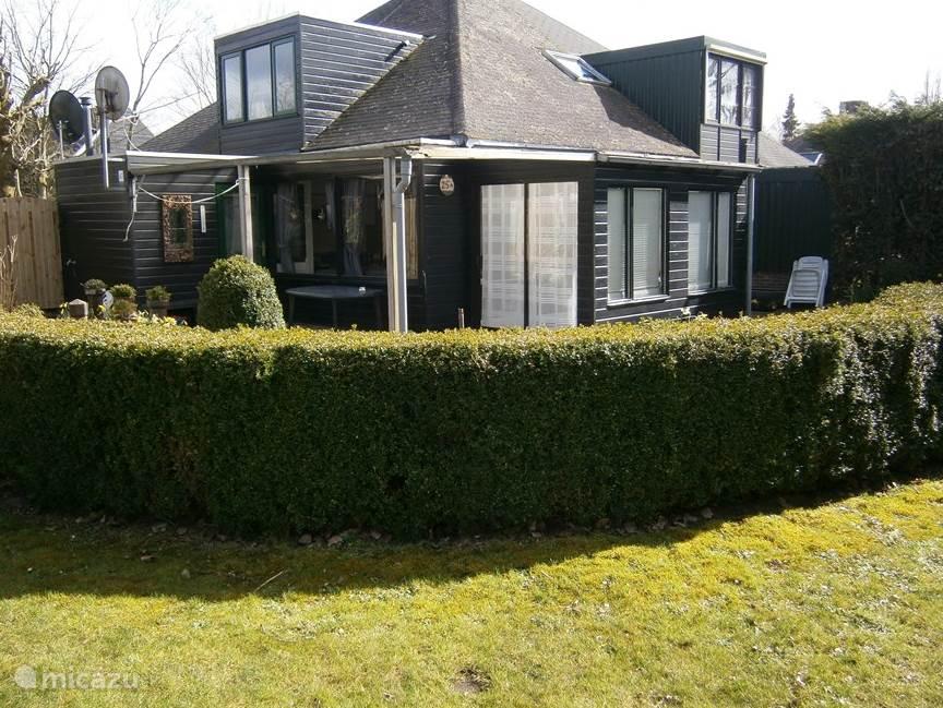 Vakantiehuis Nederland, Zeeland, Stavenisse geschakelde woning Rust en ruimte