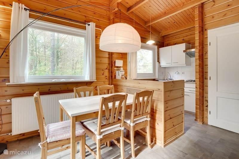 Vakantiehuis Nederland, Gelderland, Hengelo Vakantiehuis Eigentijdse Finse bungalow Hermelijn