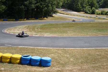 Karting on outdoor circuit