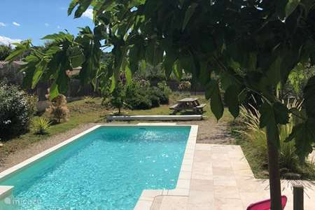Vacation rental France, Drôme, Mirabel-aux-Baronnies holiday house Les Saffres, Provence, Wifi, pool
