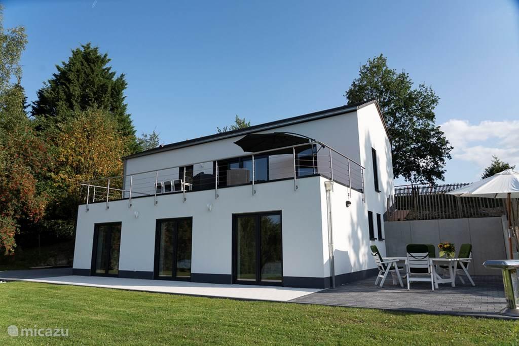 Ferienhaus villa wallann in morbach hunsr ck deutschland for Haus mieten nurnberger land