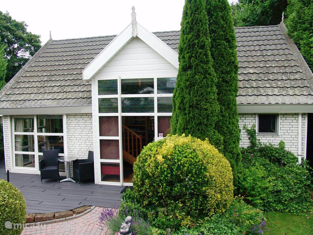 Vacation rental Netherlands – holiday house Villa Royal
