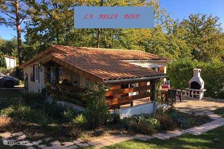 Vakantiehuis Frankrijk, Charente, Écuras bungalow La Belle Rose 43 op vakantiepark