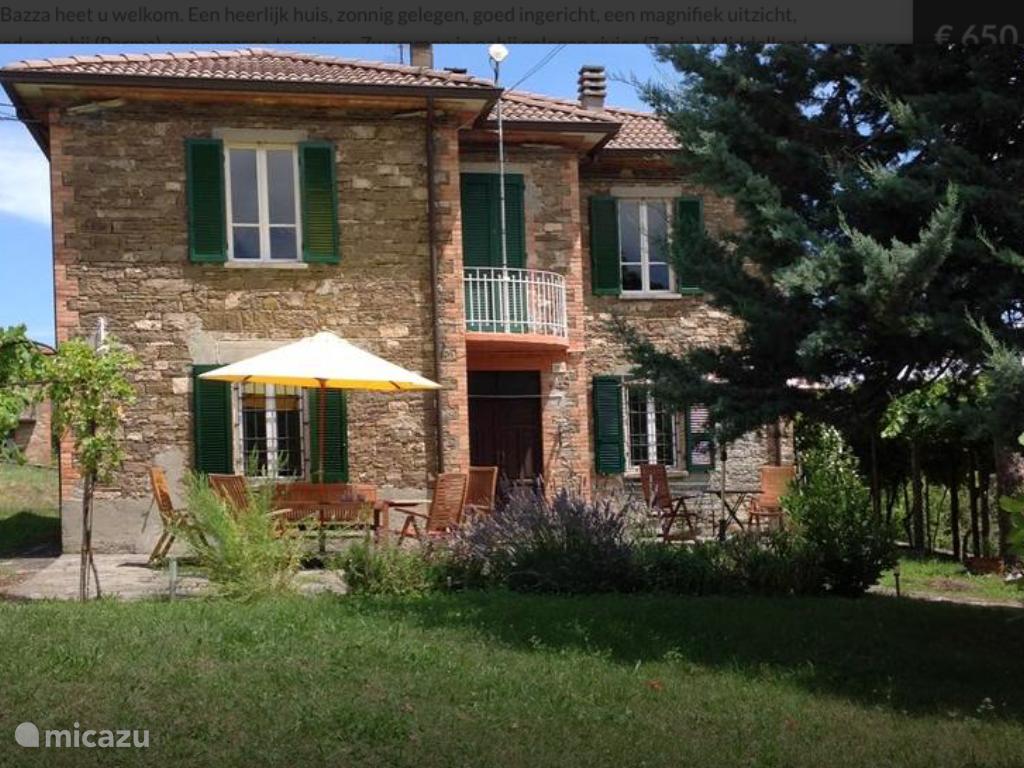 Vacation rental Italy, Emilia-Romagna, Varsi terraced house Casa La Bazza