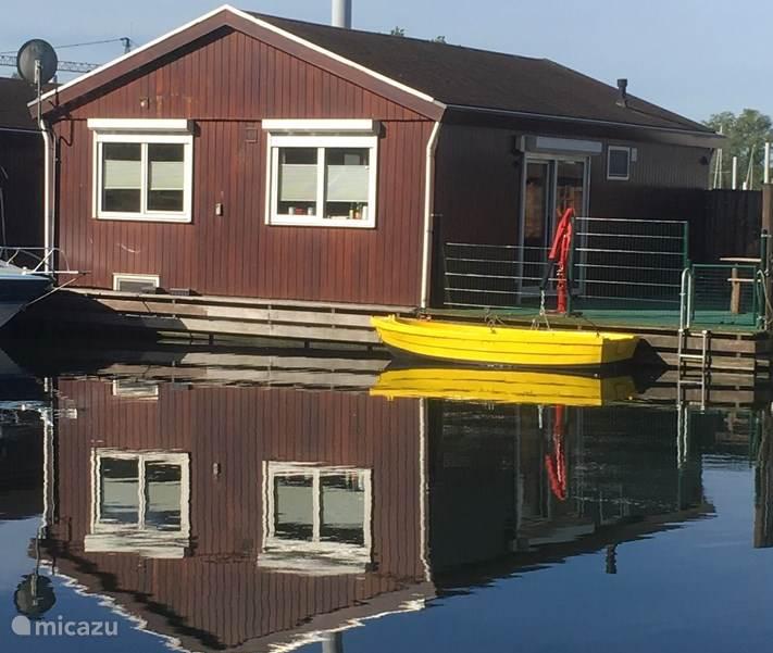Vakantiehuis Nederland, Gelderland, Tolkamer camper / jacht / woonboot Woonark De Bijland