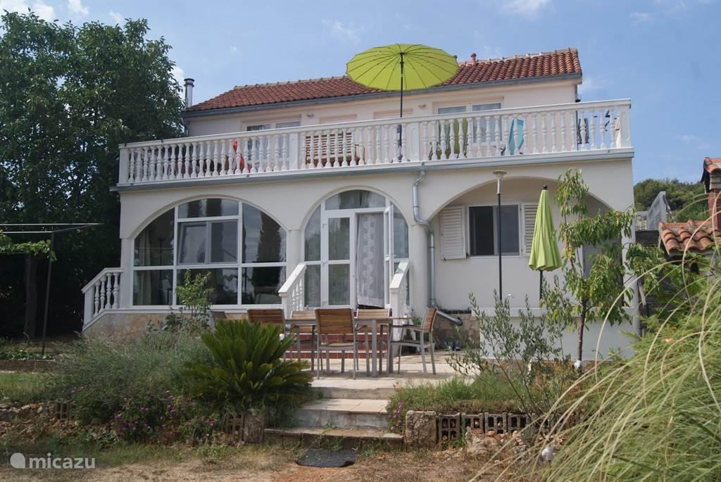 Vacation rental Croatia, Dalmatia, Tisno Apartment Maestral Nautika