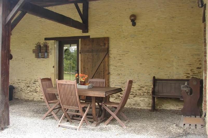 Vacation rental France, Vendee, Loge-Fougereuse  Gîte / Cottage Maison La Chenille