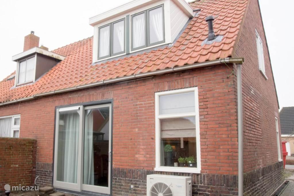 Vakantiehuis Nederland, Groningen, Lauwerzijl – bed & breakfast Bed en Breakfast Uitrust