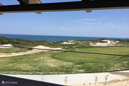 West Cliff, Bom Successo, Praia del Rei, Royal  Óbidos
