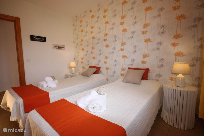 los molinos mature singles Book your room at the apartamentos los molinos hotel today with alpharoomscom and enjoy a fantastic holiday in costa teguise tta bonded, instant hotel confirmation and incredible prices.