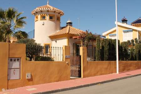 Vacation rental Spain – holiday house Casa Buena Vida