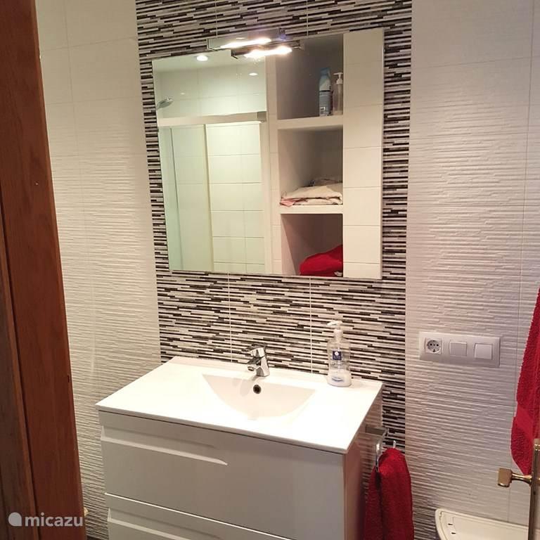 Een lekkere moderne badkamer