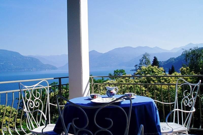 Vakantiehuis Italië, Lago Maggiore, Porto Valtravaglia Vakantiehuis Casa Manuela