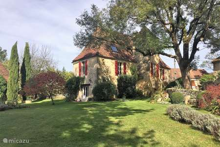 Vacation rental France, Lot, Gourdon holiday house Artiste
