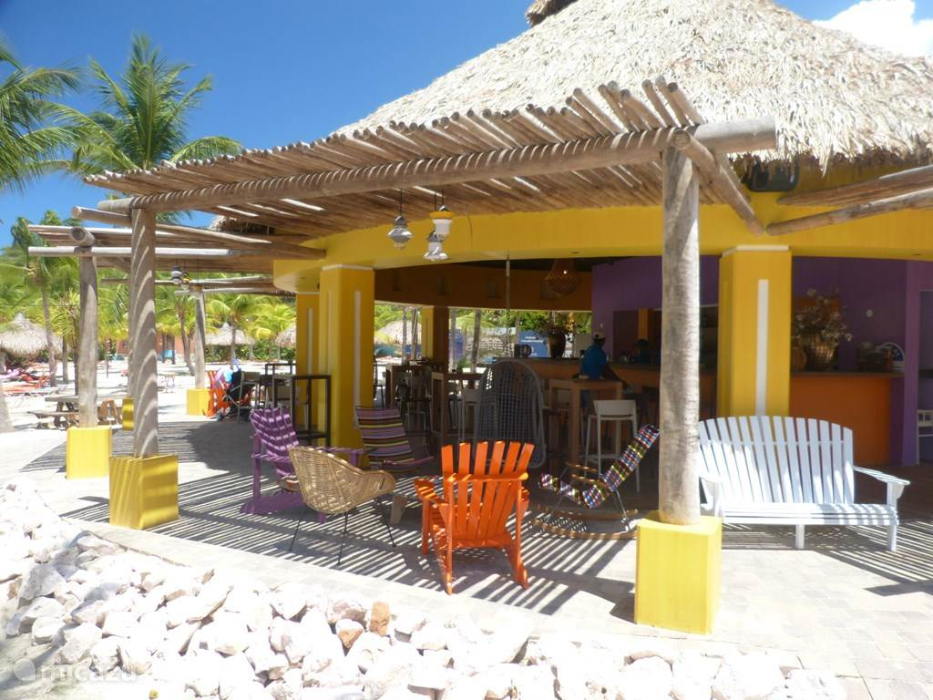 Blue Bay Bar op het strand