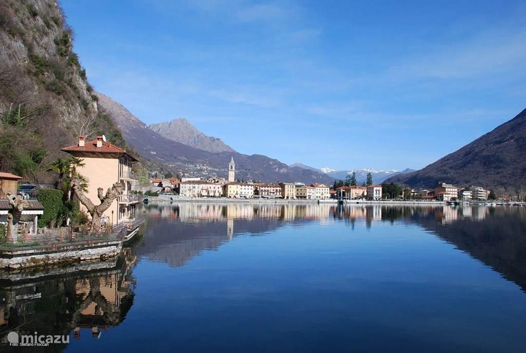 Een prachtig plekje tussen de bergen, meren en leuke charmante stadjes in de omgeving