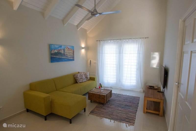 Vakantiehuis Curaçao, Banda Ariba (oost), Cas Grandi Vakantiehuis Woning op beveiligd park met zwembad