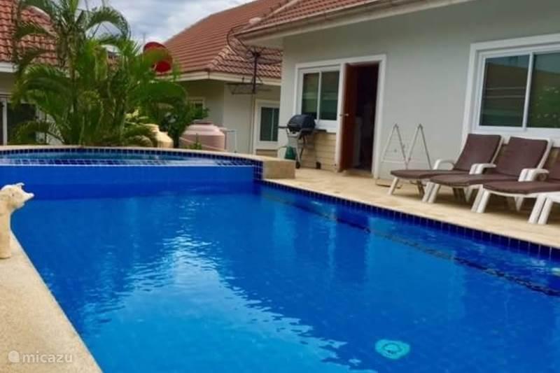 vakantiewoning met priv zwembad in hua hin centraal