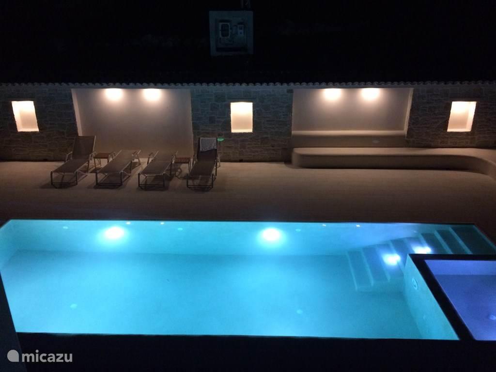 Ook `s avonds even lekker zwemmen