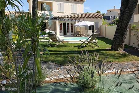 Vacation rental France – holiday house Villa Cigale