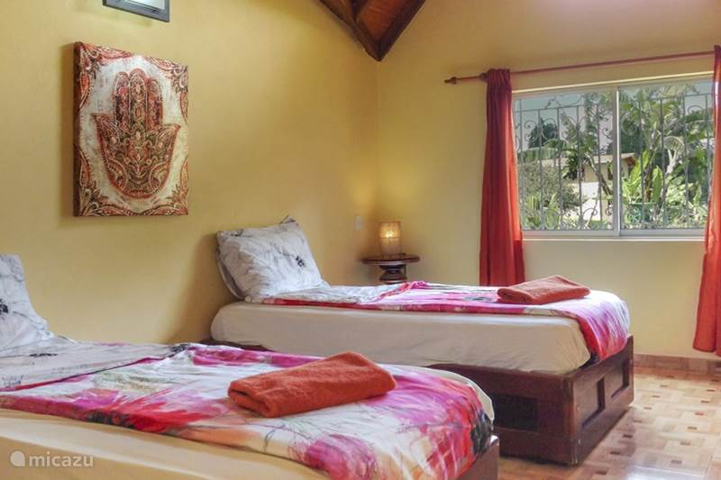 Vacation rental Colombia, Antioquia, Guarne Bungalow Villa el Cafetal