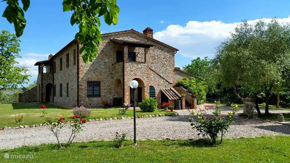 Vakantiehuis Italië, Umbrië, Citta Della Pieve Appartement Pian della Bandina Penthouse