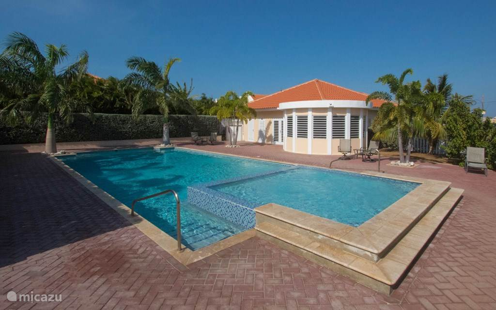 Vacation rental Curaçao, Banda Ariba (East), Cas Grandi Holiday house New home on resort with swimming pool2