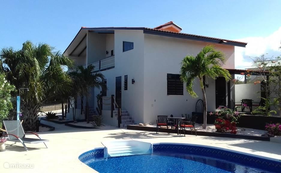 Vacation rental Curaçao, Banda Abou (West), Barber Holiday house Tresor de la Montagne 6
