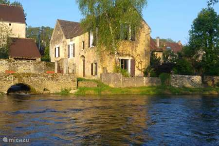 Vakantiehuis Frankrijk, Yonne, Saint-Père-sous-Vézelay vakantiehuis Rivierhuis