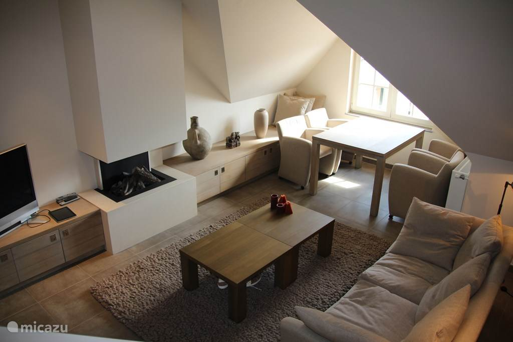 appartement luxus maisonette wohnung valentine in knokke belgische k ste belgien mieten micazu. Black Bedroom Furniture Sets. Home Design Ideas