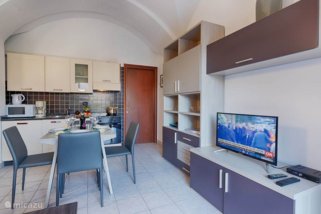 Vacation rental Italy, Lake Como, Acquaseria apartment Cipresso 3