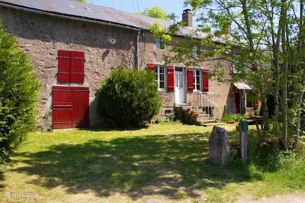 Vakantiehuis Frankrijk, Bourgogne, Ouroux-en-Morvan - boerderij La Châtaigne