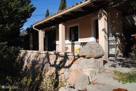 Vakantiehuis Spanje, Mallorca, Selva gîte / cottage Kleine casita in weelderige locatie