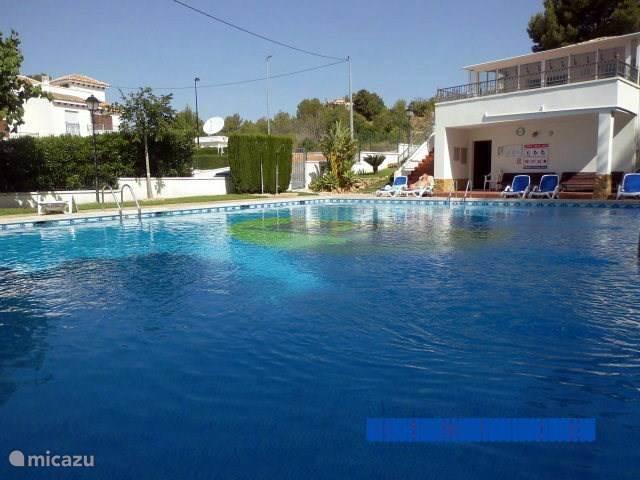 open zwembad