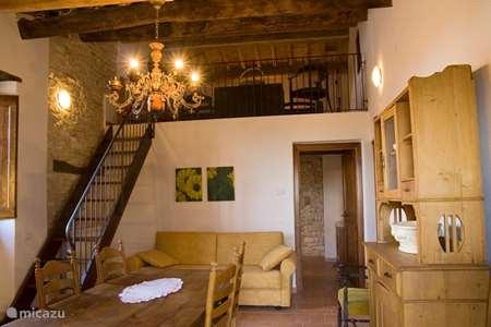 Vakantiehuis Italië, Marche, Arcevia appartement Girasole