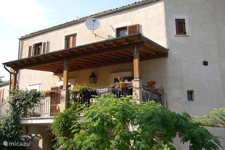 Vacation rental Italy – holiday house Beautiful old house Abruzzo