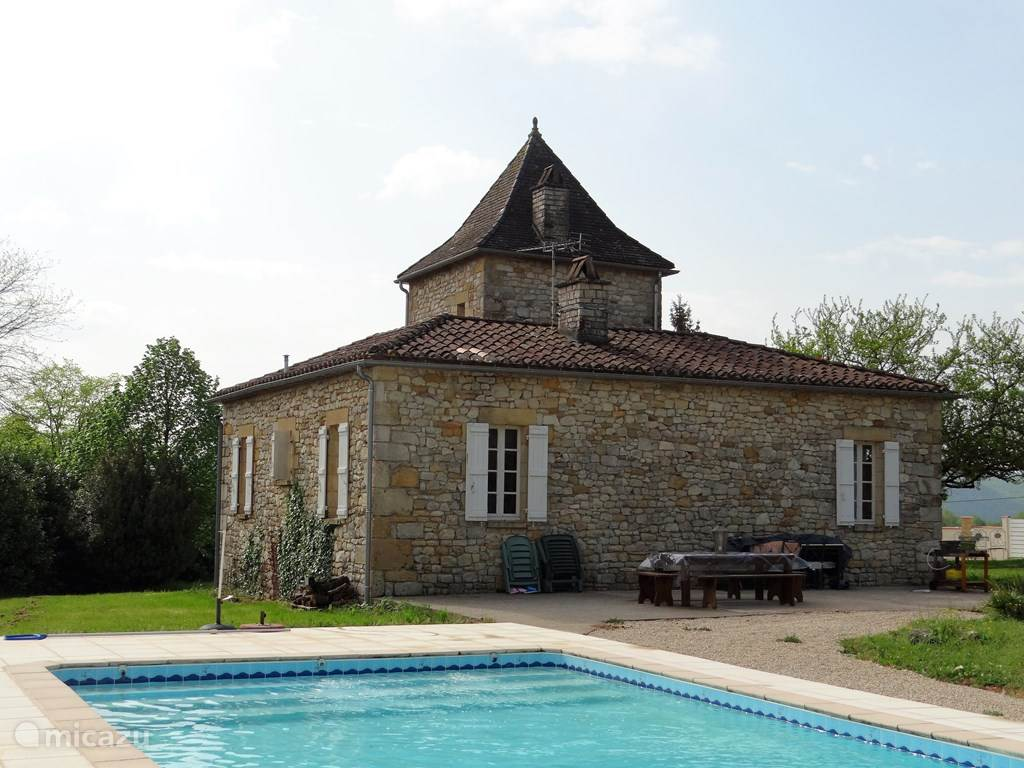 Vacation rental France, Lot, Touzac holiday house Lascaze