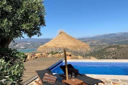 Vacation rental Spain, Andalusia, Canillas de Aceituno villa Casa de Pilares