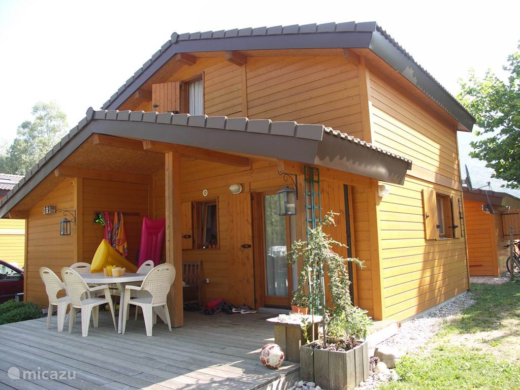 Vacation rental France – chalet 8 pers. Chalet on Lake Annecy
