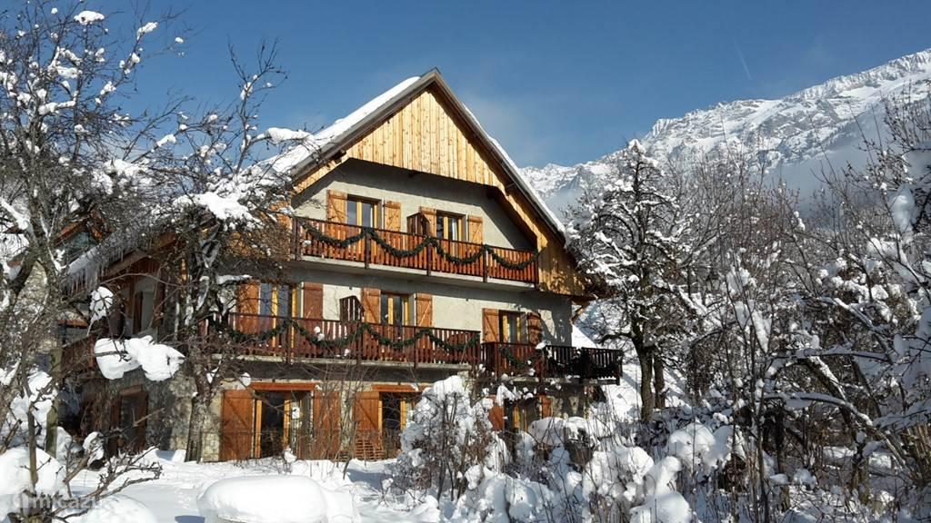 Vakantiehuis Frankrijk, Isère, Vaujany-Alpe d'Huez pension / guesthouse Familiekamer Chalet Solneige winter