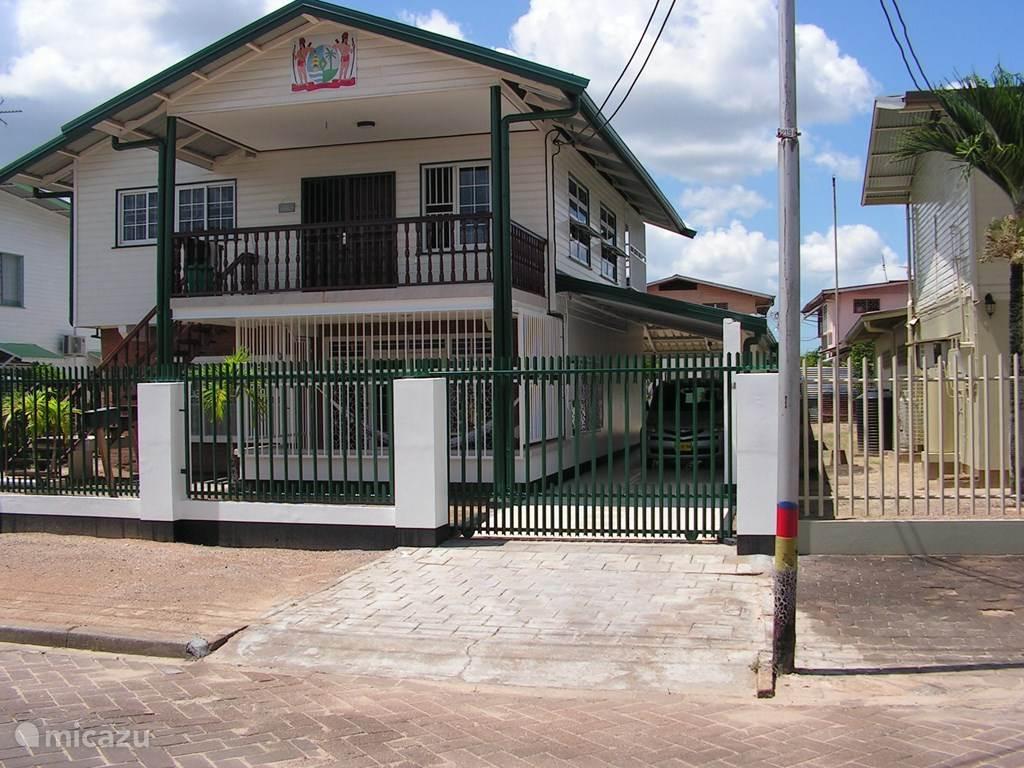 Vakantiehuis Suriname – geschakelde woning Bij Gerdia