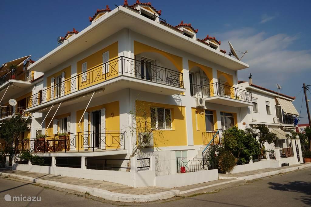 Zomerhuis Vakantie Inspiratie : Vakantiehuis in samos griekenland huren micazu