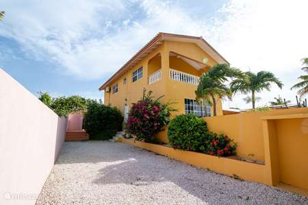 Vacation rental Curaçao, Banda Abou (West), Grote Berg apartment Upstairs apartment 2 p