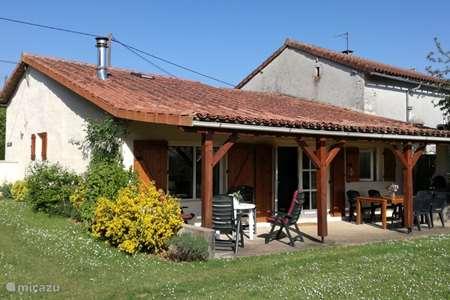 Vakantiehuis Frankrijk, Dordogne, Javerlhac-et-la-Chapelle-Saint-Robert vakantiehuis Villa Jonkershof