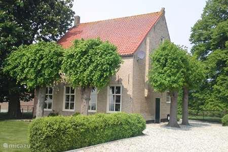 Vacation rental Netherlands, Zeeland, 's-Heerenhoek farmhouse Holiday farm Het Vleugelhof