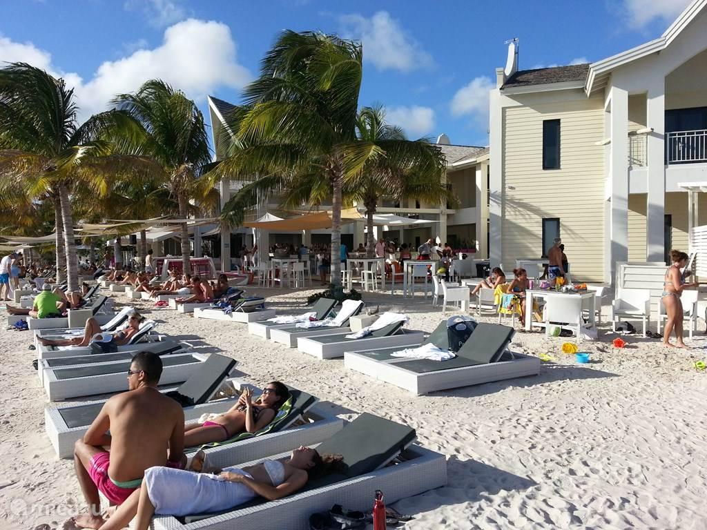 Papagayo Beach Club - Jan Thiel